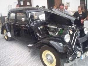 coche-negro-antiguo
